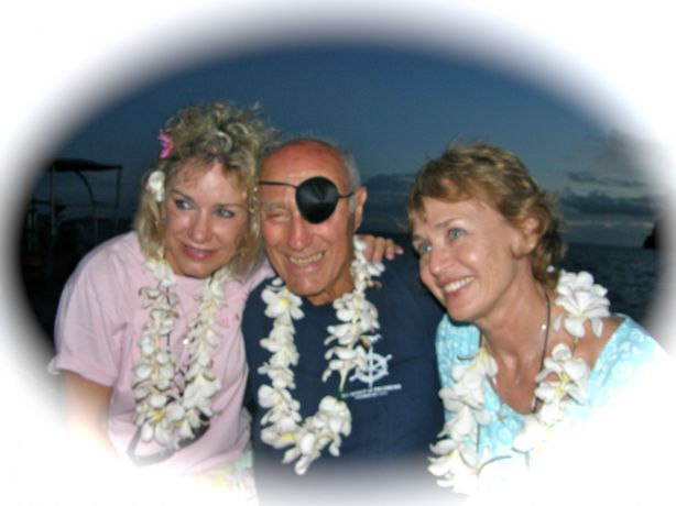 Stan entertaining the ladies after a days diving. At 86 and going strong, a true hero!