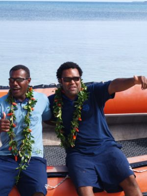 Fiji boys on an ilsand tour