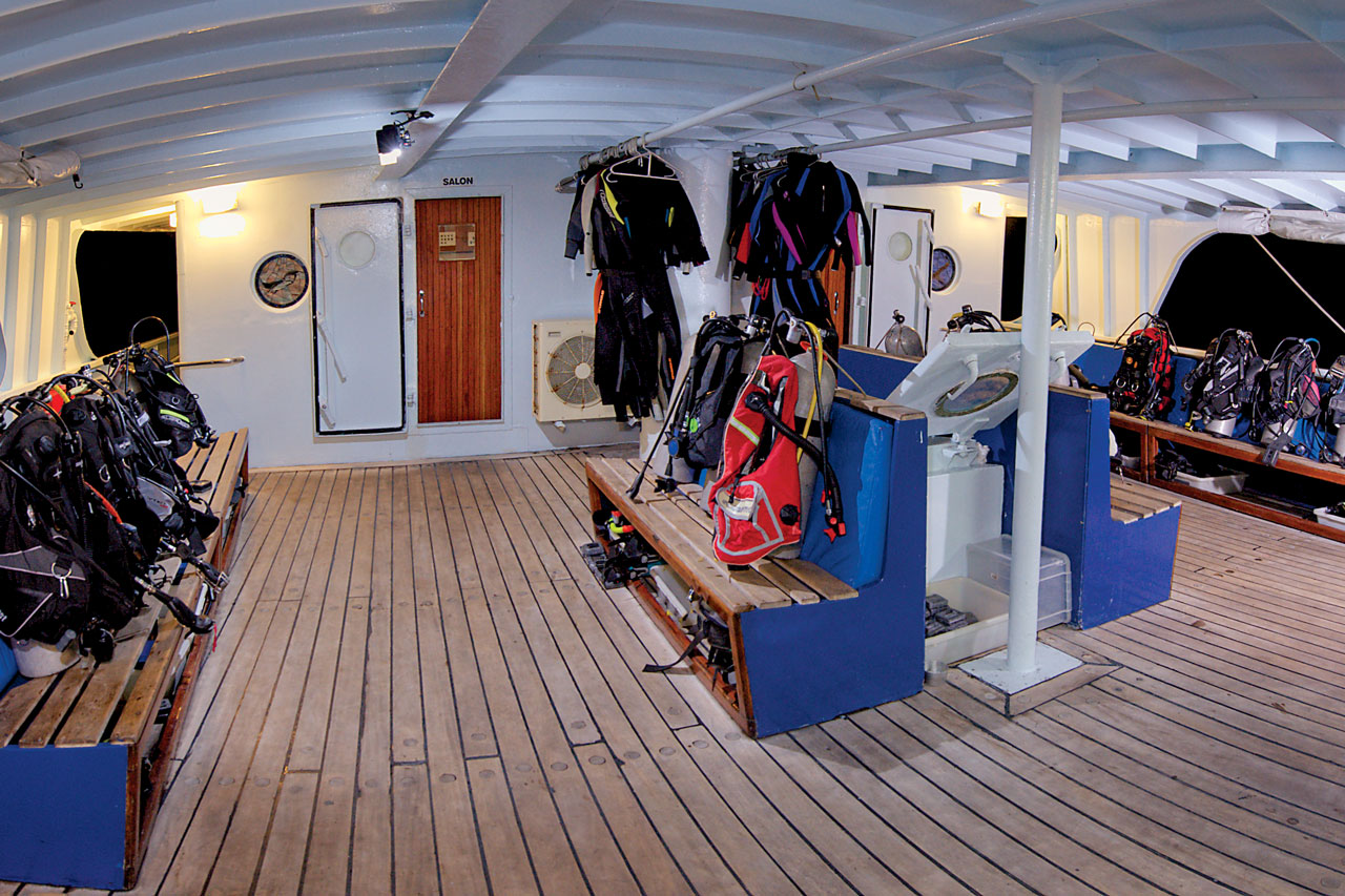 Dive deck with gear stowed for passagemaking